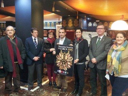 El lorquino Francisco Soriano, ganador del III Concurso de Carteles de promoción turística de la Semana Santa