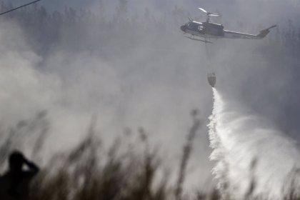 Alerta roja en Valparaíso por un incendio que ha consumido 100 hectáreas