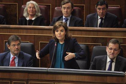 """El PSOE exige que Sáenz de Santamaría comparezca en el Congreso por la """"grave crisis"""" entre Gobierno y Poder Judicial"""