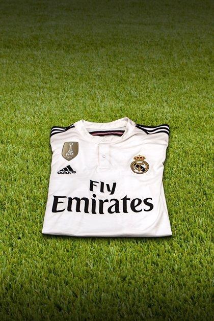 El Real Madrid estrenará el parche dorado de campeón del mundo el próximo martes