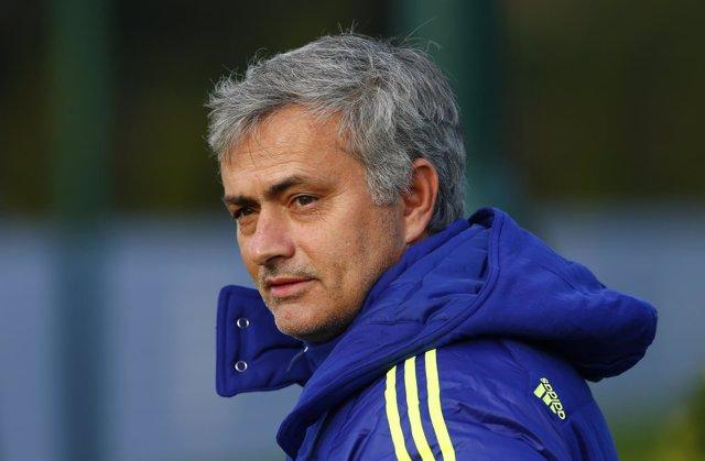 José Mourinho, entrenador del Chelsea