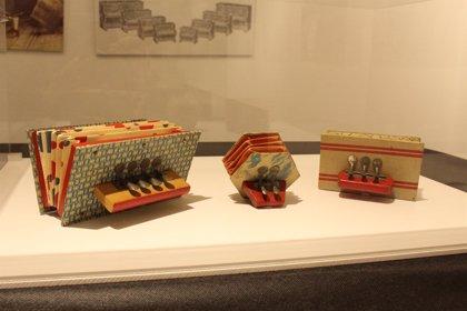 Binéfar acoge una exposición de juguetes de diferentes épocas