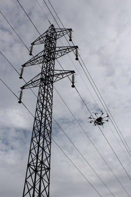 El uso de drones crece en Galicia desde la topografía hasta la fumigación