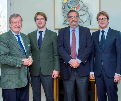 La compañía aragonesa Saphir Parfums se convierte en patrocinador oficial de los Premios Goya 2015