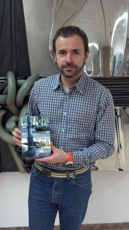 El periodista Paco Egido presenta este viernes en Segovia su primera novela, sobre crisis y sueños