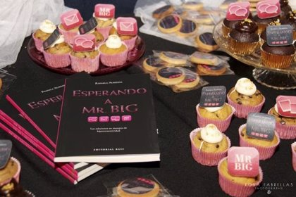 "La novela ""Esperando a Mr. Big"" de Rafaela Almeida, regalo recomendado para estas fechas"