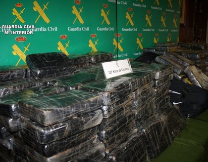 Confiscados 327 kg de coca en una empresa de Ontinyent tras avisar el dueño