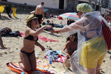 Cerca de 6.000 voluntarios limpiaron las playas y ríos españoles en 2014
