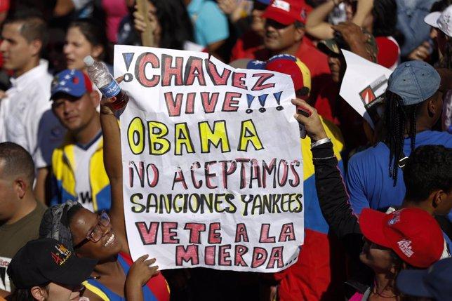 Manifestantes en Venezuela contra sanciones de EEUU