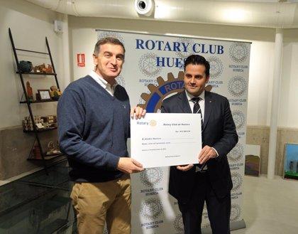 El Rotary Club de Huesca entrega 7.500 euros a Atades