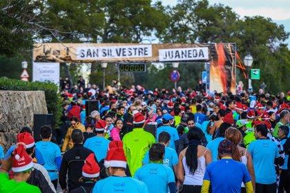 1.300 personas participan en la II San Silvestre Juaneda en Bellver