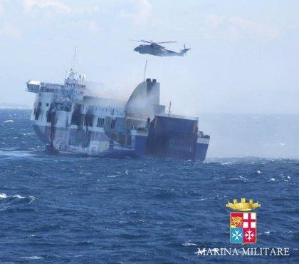 Aumentan a once los fallecidos por el incendio en el ferry 'Norman Atlantic'