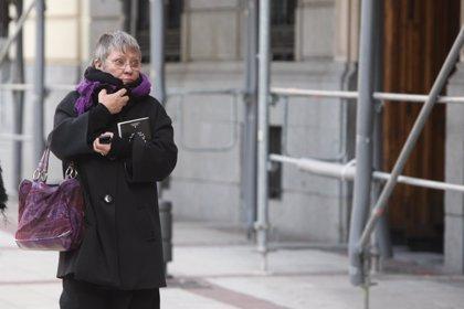 Ayuntamiento recomienda vestirse a capas y mantener boca y nariz tapadas para combatir el frío