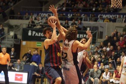 El Barcelona paga la resaca del 'clásico' en Santiago