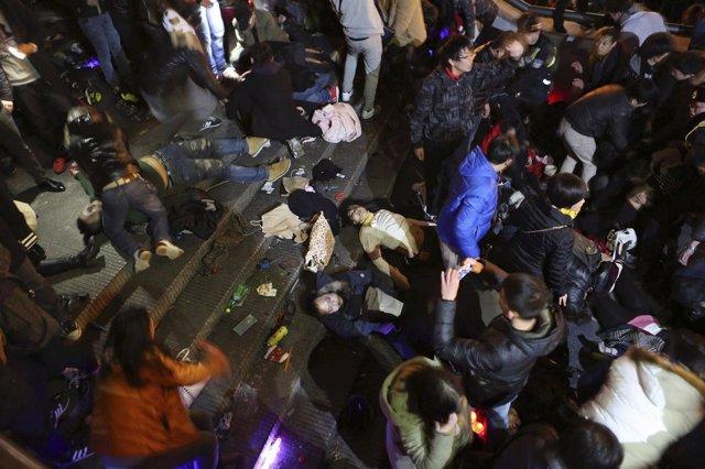 Más de 30 muertos en una estampida en Shanghai en Año Nuevo