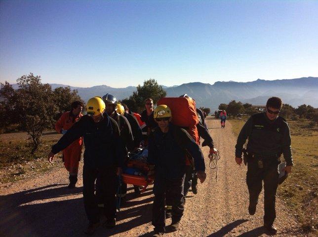 Bomberos del CBPC rescatan a un parapentista accidentado en Algodonales