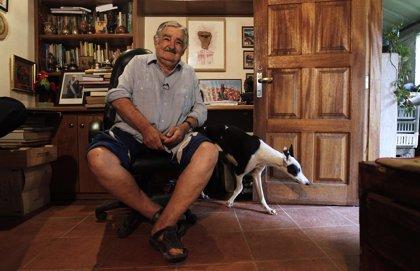 """Mujica arremete contra el consumismo y advierte de que """"el único control está en la cabeza de uno mismo"""""""