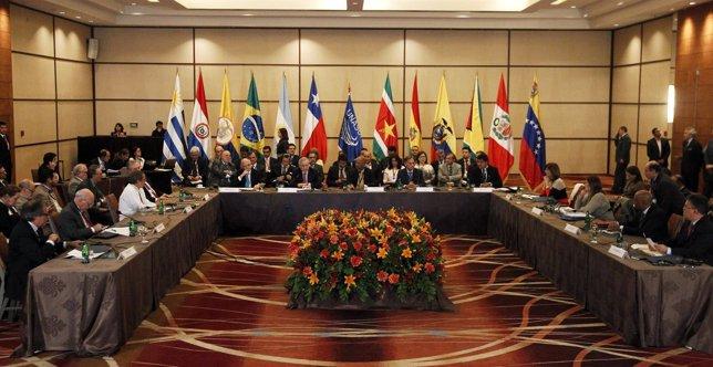 Asamblea General de de la Unión de Naciones Sudamericanas (UNASUR).