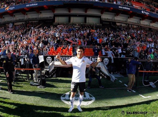 Enzo Pérez, nuevo jugador del Valencia