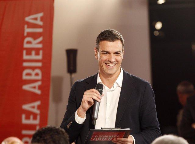 Pedro Sánchez, en una Asamblea Abierta del PSOE