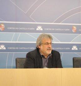 José María González