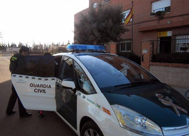 Sucesos.- Guardia Civil detiene a una joven que llegó a estafar 80.000 euros