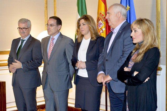 Susana Díaz se reúne con el presidente de la CEA y líderes de CCOO-A y UGT-A