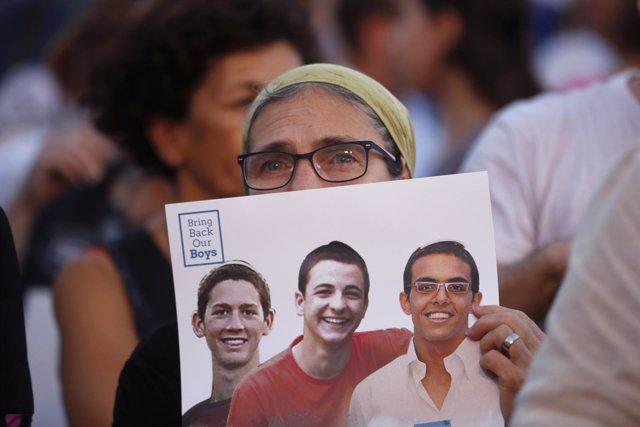 Tres adolescentes israelíes secuestrados y asesinados en Gaza