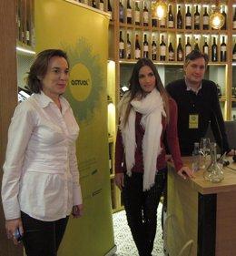 India Martínez, en el centro, con Gamarra y Pérez Pastor