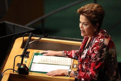 """Rousseff condena el atentado de París por su """"inaceptable ataque"""" a la libertad de prensa"""