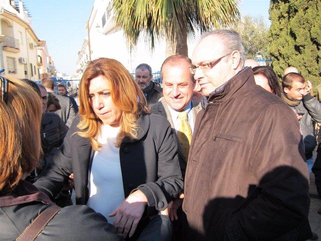 Díaz, junto al alcalde de Villafranca y el secretario general del PSOE cordobés