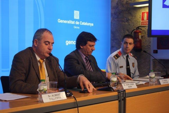 Dtor.SCT, J.J.Isern, jefe Mossos de tráfico Girona, P.Castejón, y A.Ballesta