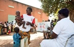 Campaña de vacunación contra la meningitis en África subshariana