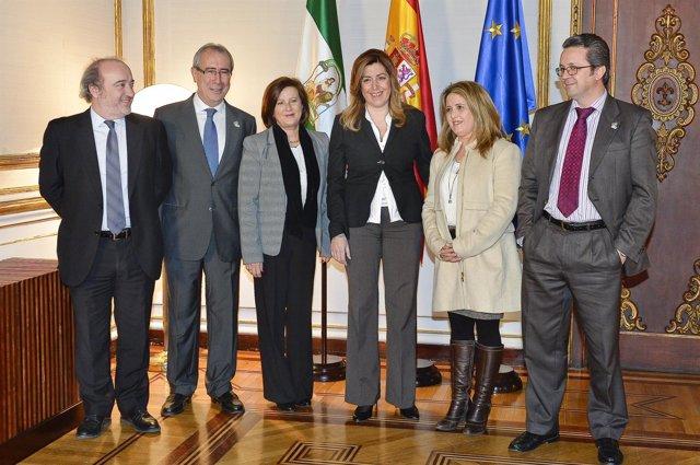 Díaz felicita a profesionales y asociaciones de trasplantes en Andalucía