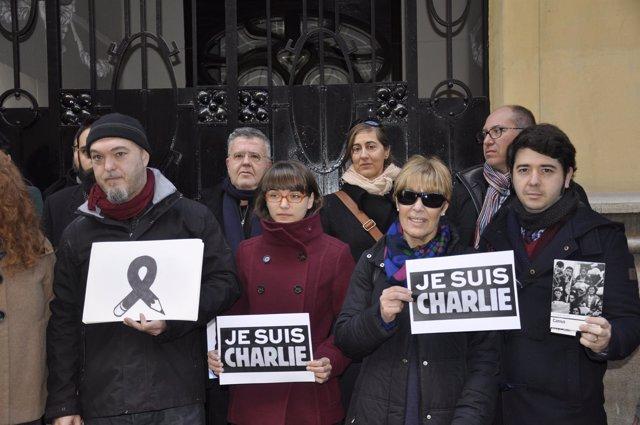 Concentración en recuerdo a las víctimas en Valencia