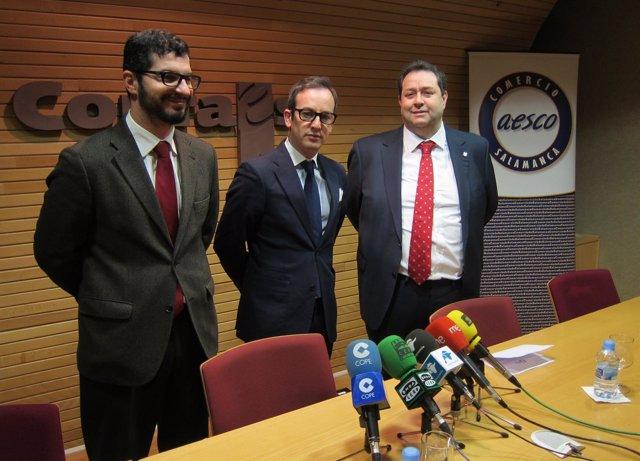 Representantes de AESCO en la presentación del foro de comercio
