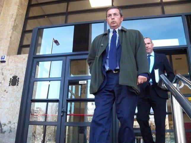El abogado de Raquel Gago, Fermín Guerrero, a su salida de los Juzgados de León.