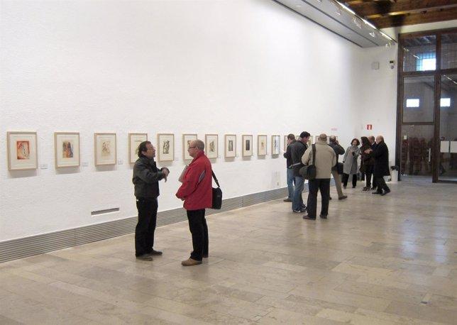 Exposición de Dalí en la Sala de Exposiciones de la Pasión