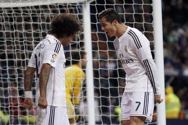Marcelo y Cristiano celebran un tanto del portugués ante el Celta