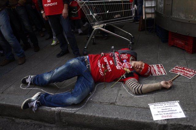 Protestas de trabajadores de Coca Cola en Génova