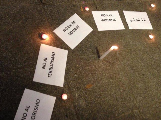 Acto contra atentado París en Toledo