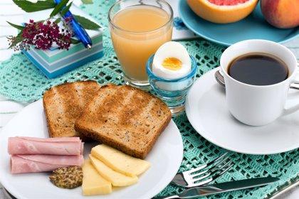 No desayunar puede favorecer la aparición de problemas de obesidad, cardiacos y déficit de fuerza