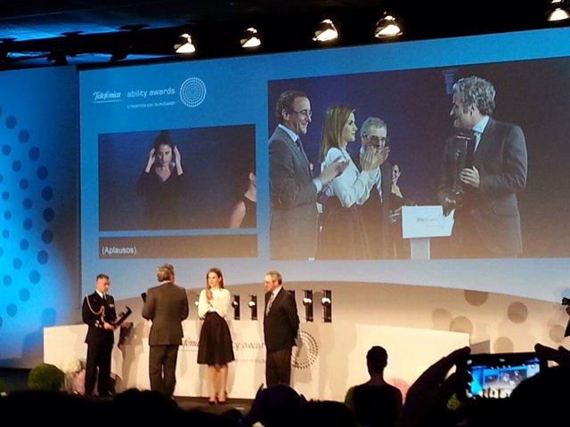La Reina en los Telefónica Ability Awards
