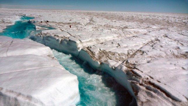 Ríos sobre hielo en Gorenlandia