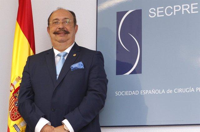El nuevo presidente de SECPRE, el doctor Cristino Suárez