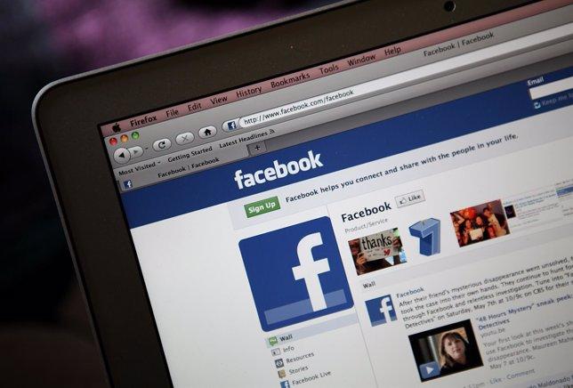 Facebook. Red social.