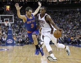 Los Knicks de Calderón suman en Londres su decimosexta derrota consecutiva