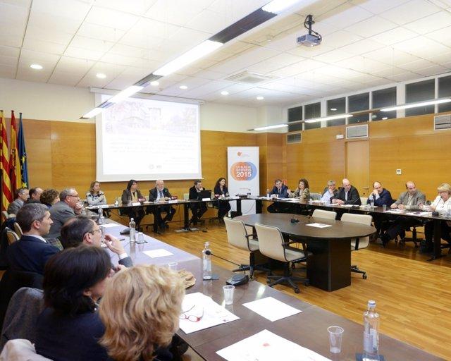 Presentación del catálogo de la Diputación de Barcelona a alcaldes