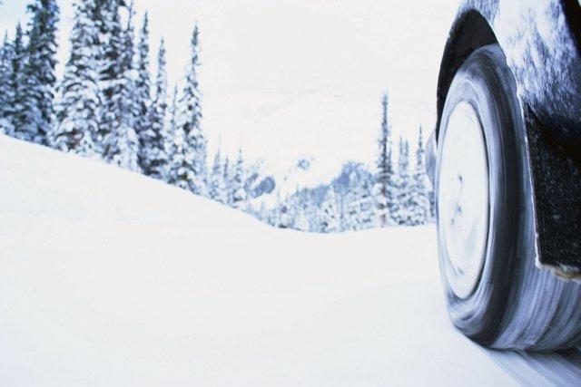 Conducción invernal (neumáticos)