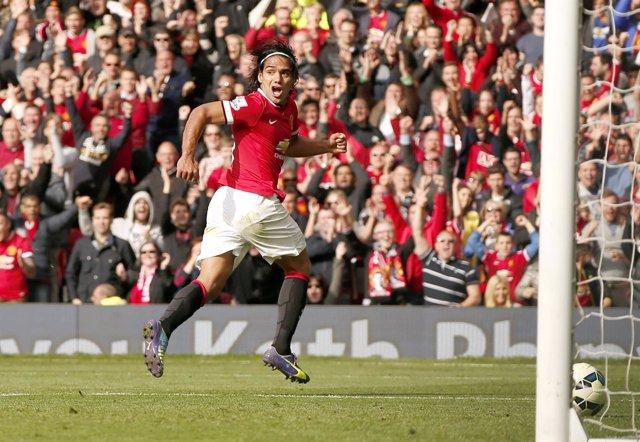 Radamel Falcao celebra un gol con el Manchester United